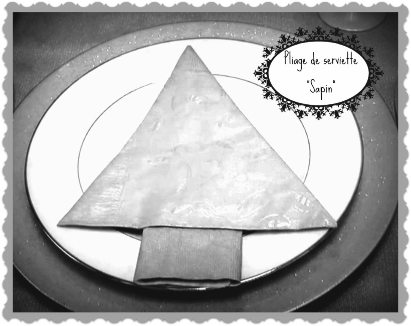 Pliage de serviette en forme de sapin1 - Pliage de livre en forme de sapin ...